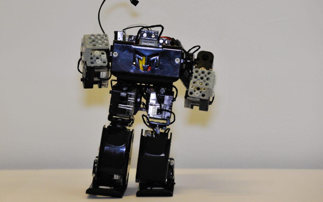 Construction, programmation, le club robotique ORT Bramson ouvre sa troisième session cette semaine!